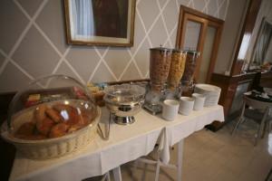 hotel-il-sole-empoli-sala-colazione4