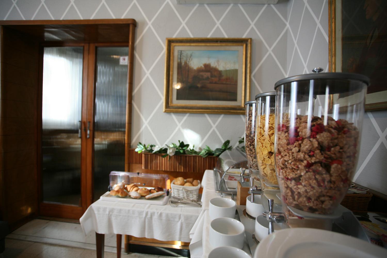 hotel-il-sole-empoli-colazione8