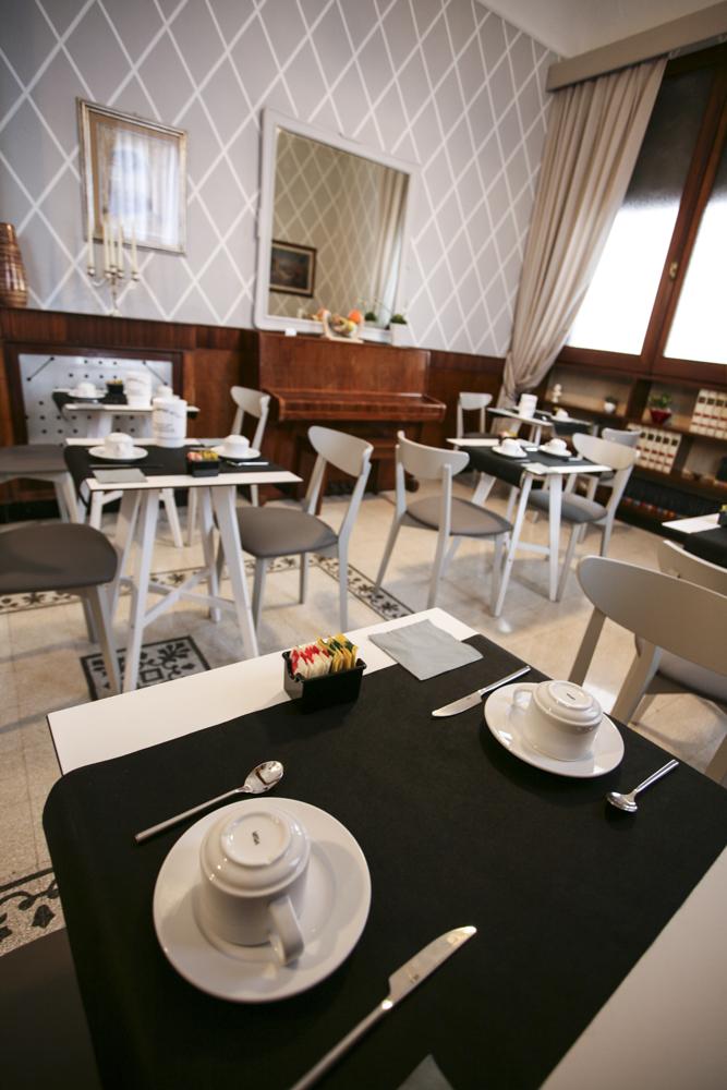 hotel-il-sole-empoli-sala-colazione2